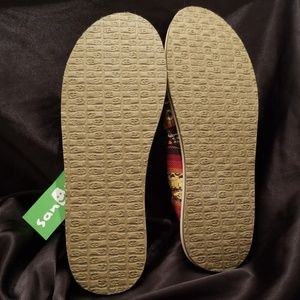 Sanuk Shoes - 🆕️ Sanuk Donna Sherpa Blanket. Women's size: 10